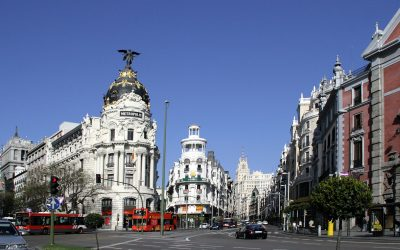 Firmado el primer acuerdo para el desarrollo del cannabis medicinal en España